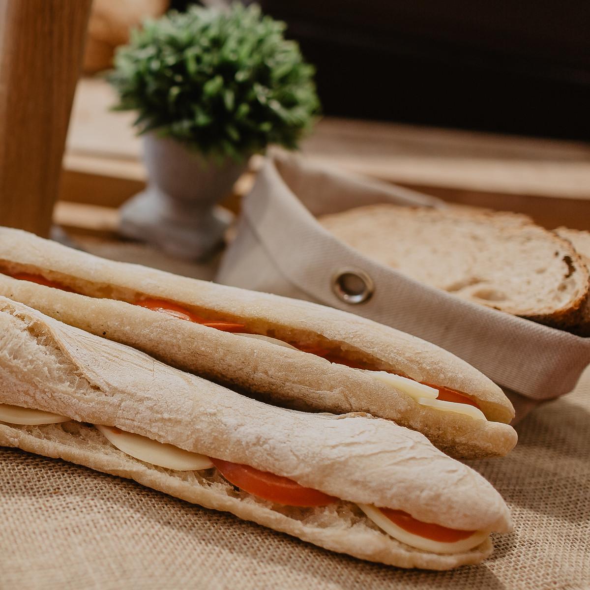 Panini tomate mozzarella boulangerie du port maison vauchelet pornic - La maison du panini ...