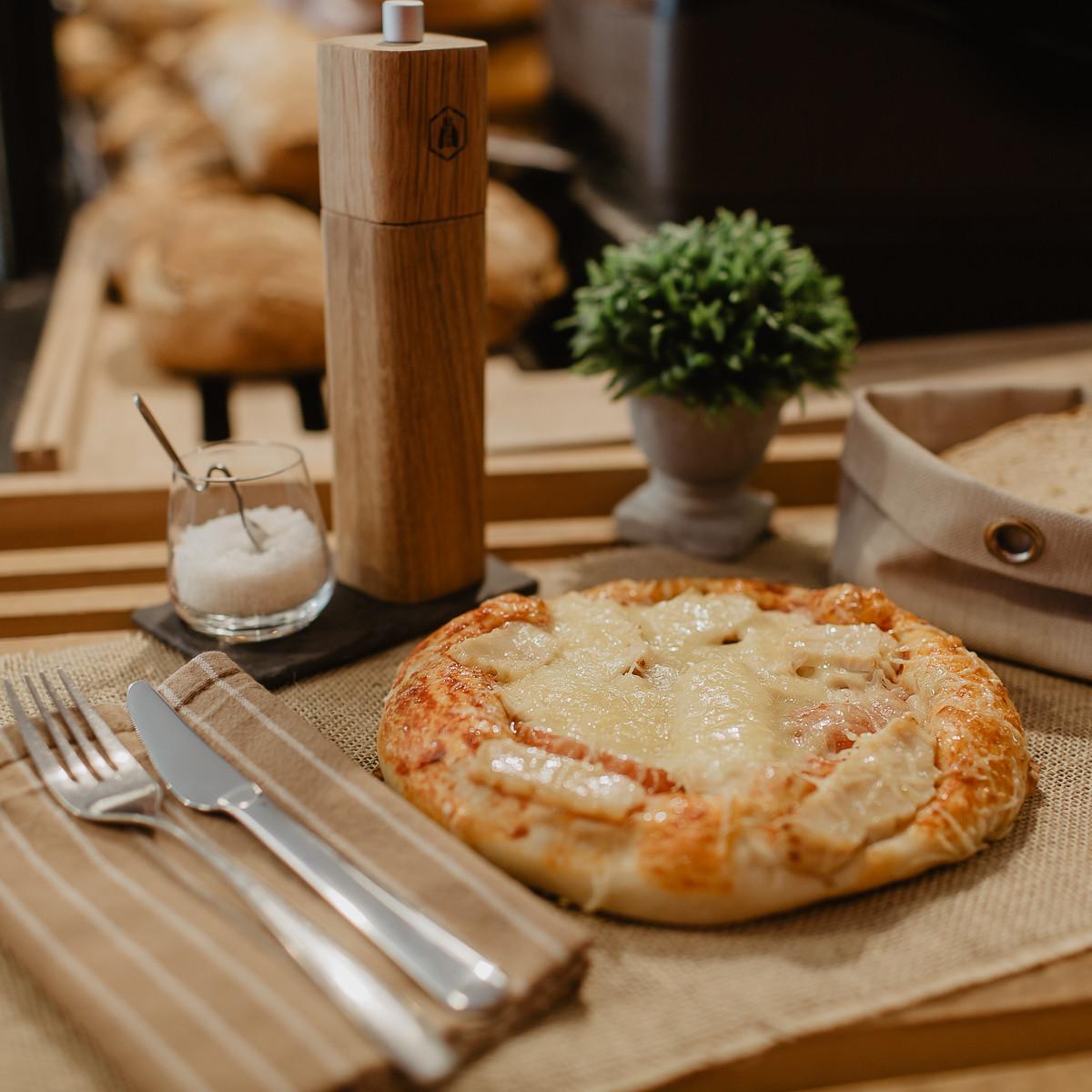 boulangerie-du-port-pornic-pizza-au-poulet